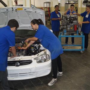Qualificação em Eletromecânica Automotiva